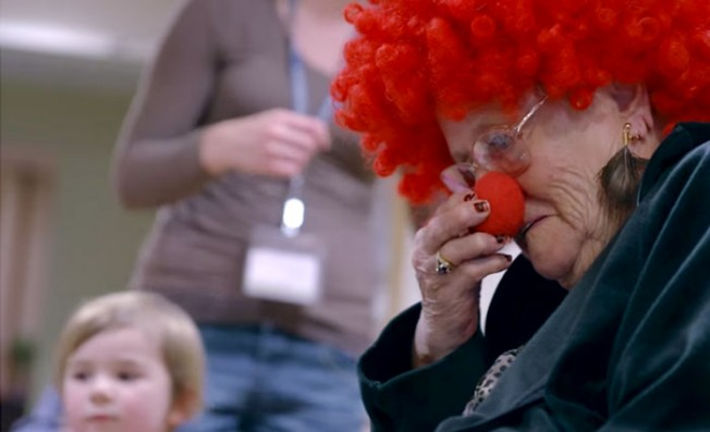 preschool-retirement-home-documentary-present-perfect-evan-briggs-16-652x397