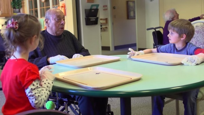 preschool-retirement-home-documentary-present-perfect-evan-briggs-19-652x369