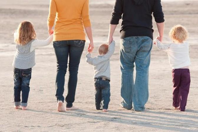 Vamos falar sobre pais e filhos? Uma reflexão a partir da realidade atual