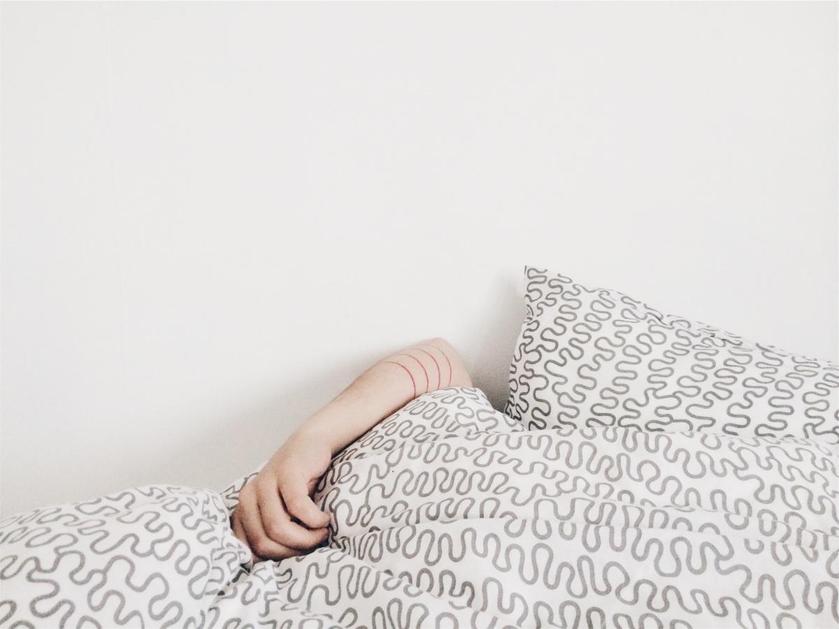 Entenda como a ansiedade prejudica o seu sono
