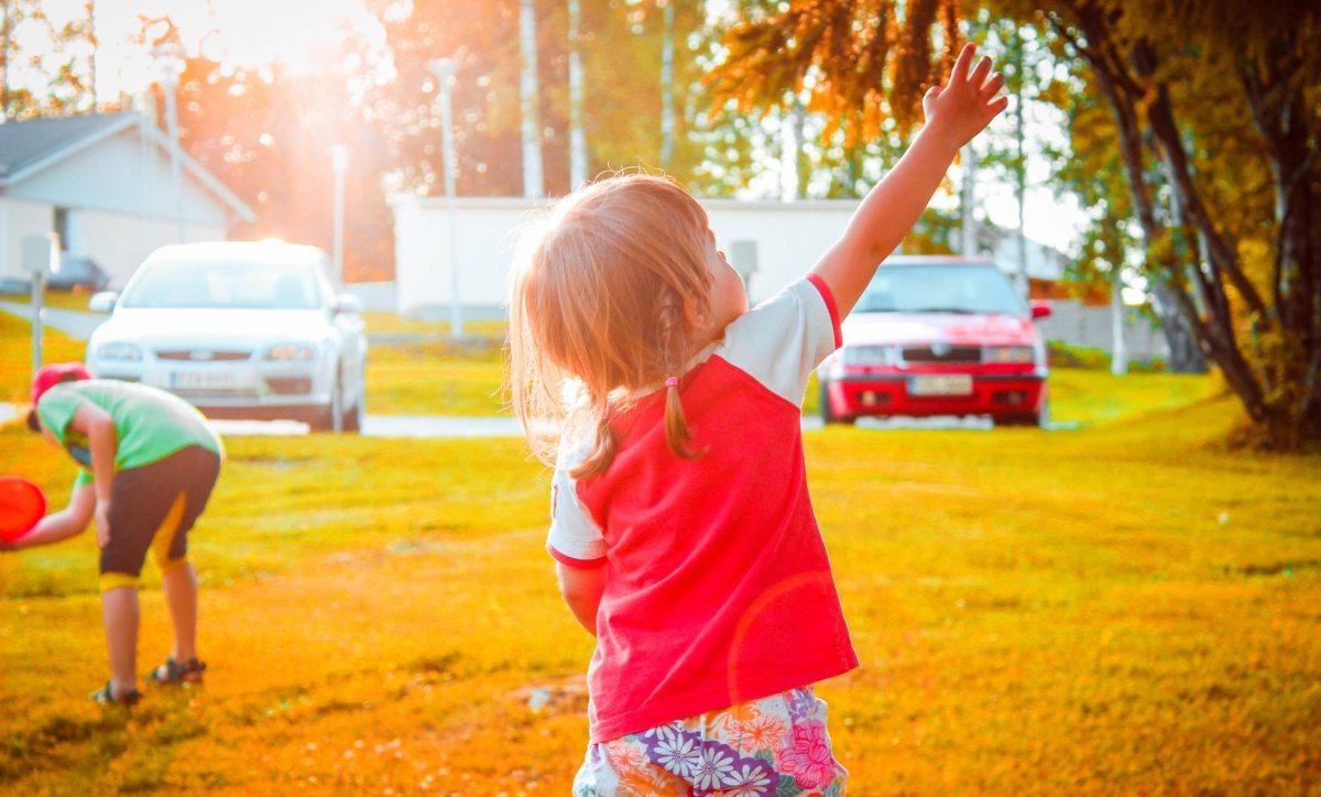 5 atitudes do Método Montessori para praticar com os filhos